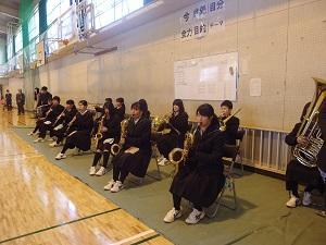 吹奏楽部の校歌演奏
